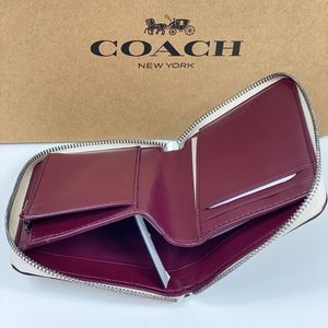 Coach Bags - NWT Coach Small ZIP Wallet Wild Flowers